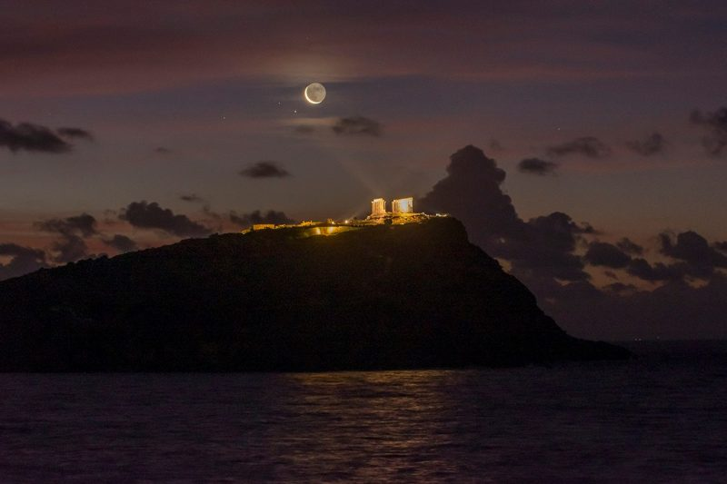 Moon and Saturn conjunction - February 2, 2019 - captured from Cape Sounion, Greece by Nikolaos Pantazis The illuminated building is the temple of Poseidon, the Sea God. Thank you, Nikolaos.